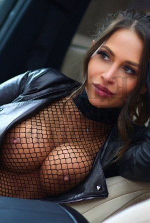 Evina escorts in Mableton
