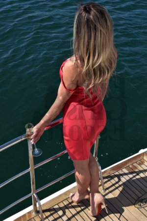Amabile escort in Lancaster